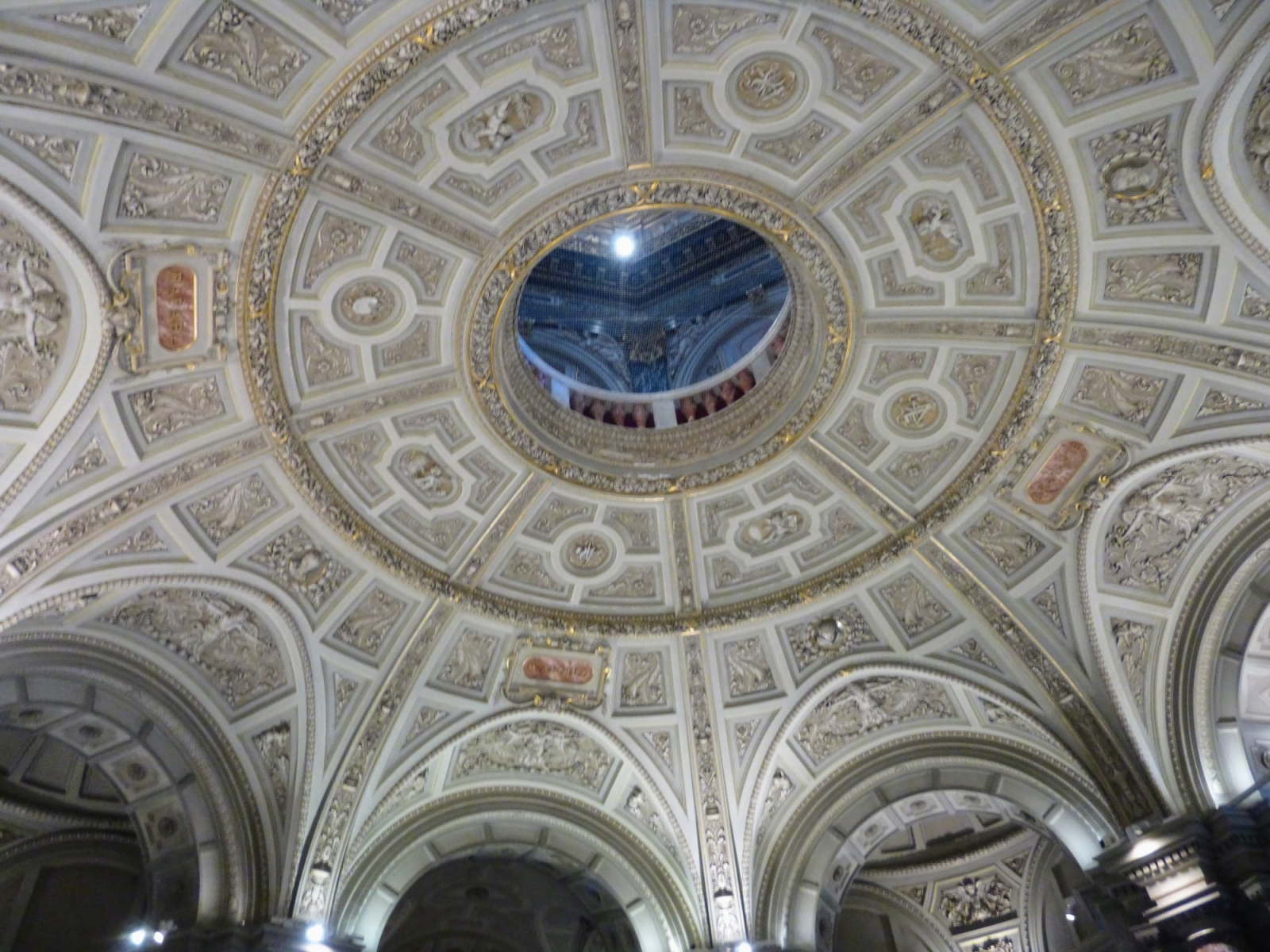Entrance hall ceiling